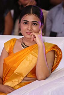 Shalini Pandey Picture