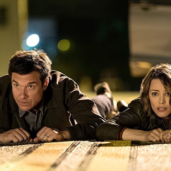 Jason Bateman y Rachel McAdams en Game Night (2018)