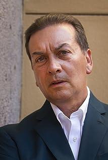César Alejandro Picture