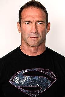 Aktori Tim Connolly