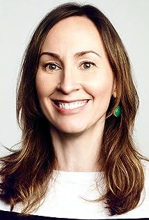 Aktori Liz Cackowski