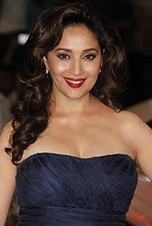 Aktori Madhuri Dixit
