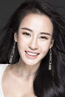 Aktori Miya Muqi