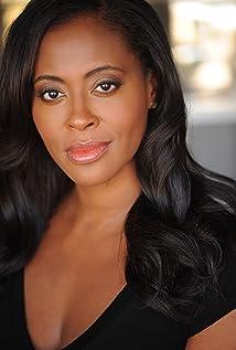 Aktori Nichelle Hines