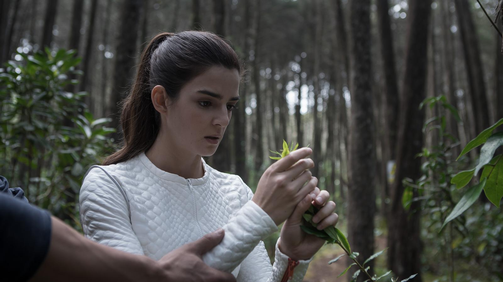 Órbita 9 (2017), film online subtitrat în Română