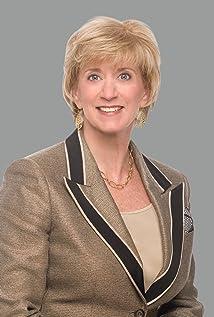 Linda McMahon Picture