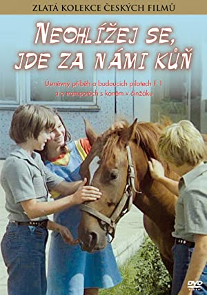 Neohlizej se, jde za nami kun 1981 with English Subtitles 13