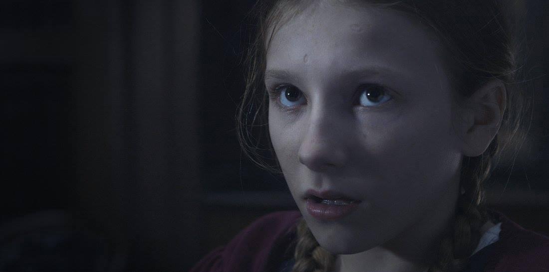 电影【Conjuring The Witch's Doll】6大卖点 | 长得像暴走漫画,剧情却恐怖5颗星!