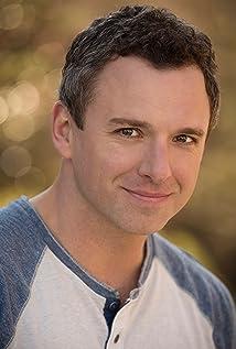 Aktori Josh Henry