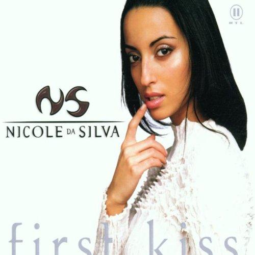 Nicole Da Silva - First kiss