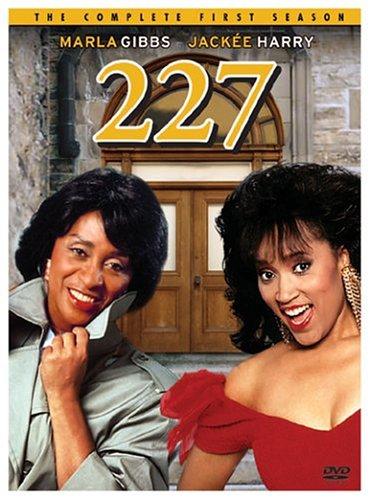 Jackee part of 227 Season 4