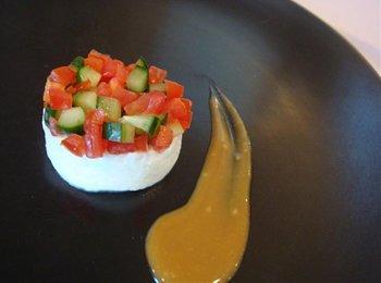 トマトとモッツァレラのサラダ カプレーゼ