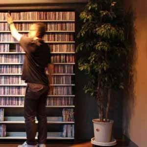 音楽好きのための理想のCD&DVDラック