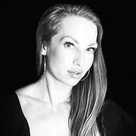 Sophie Lark