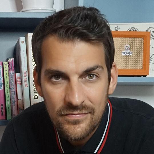 Florian Dennisson - Biographie et Livres Audio   Audible.fr