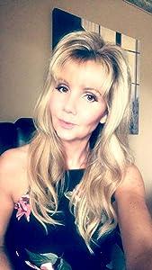 Sandi Lynn