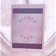 Nicole Snow