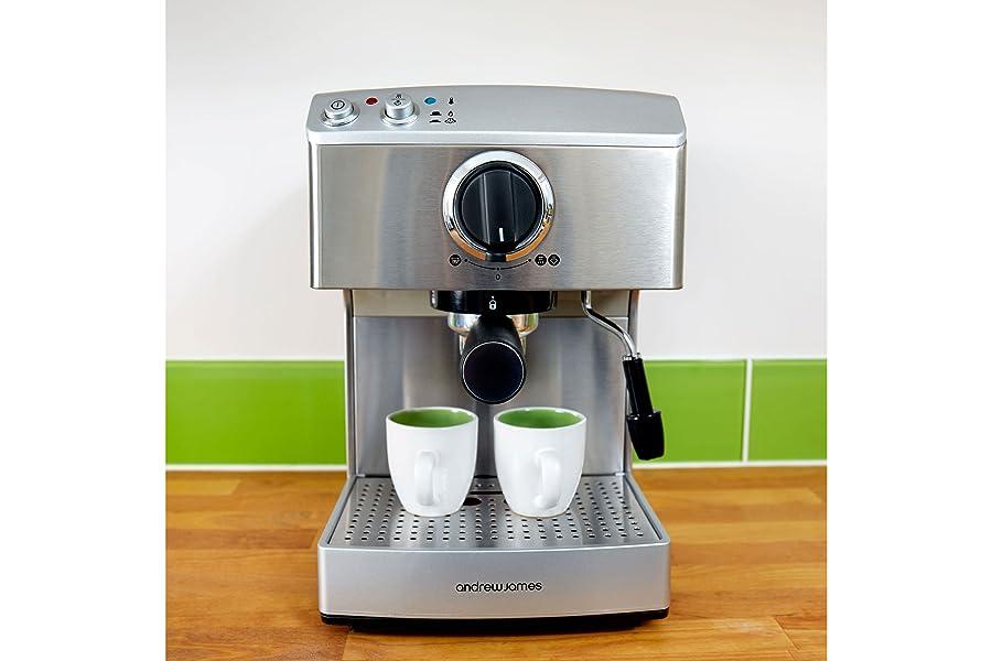 Andrew James 15 Bar Pump Barista Coffee Maker For Professional Espressos Lattes And Cappuccinos At Home