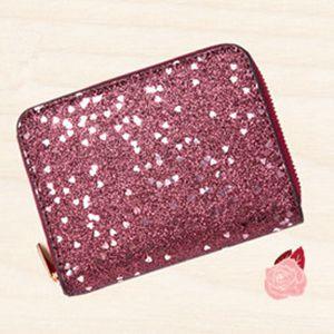 55c486b3b653 シンプルでエレガントなお財布が発売されました。キラキラして上品感があって知的な女性スタイルに所属し繊細な雰囲気を演出しています。簡潔風格でパーティーにも  ...