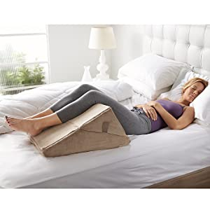 Amazon Com Bed Wedge Pillow Home Amp Kitchen
