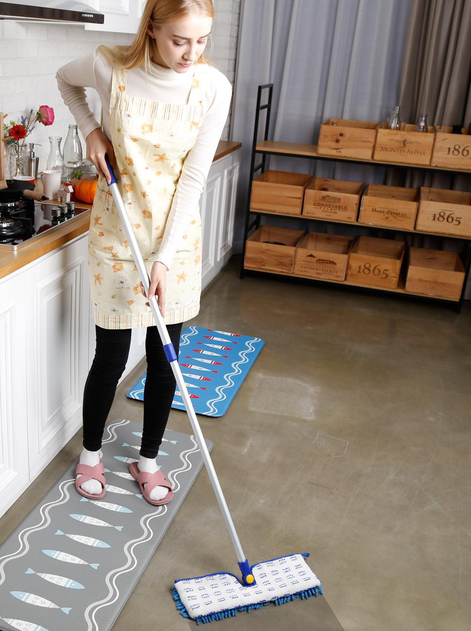 Mopping Kitchen Floor Amazoncom Jinclean 18 Microfiber Floor Mop Dual Side