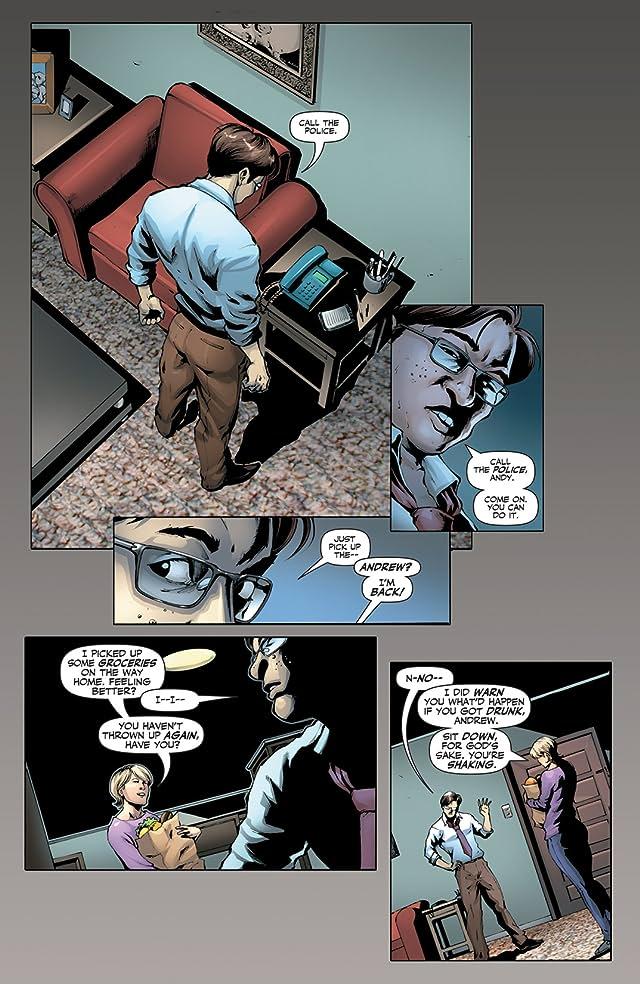 click for super-sized previews of Garth Ennis' Jennifer Blood #16