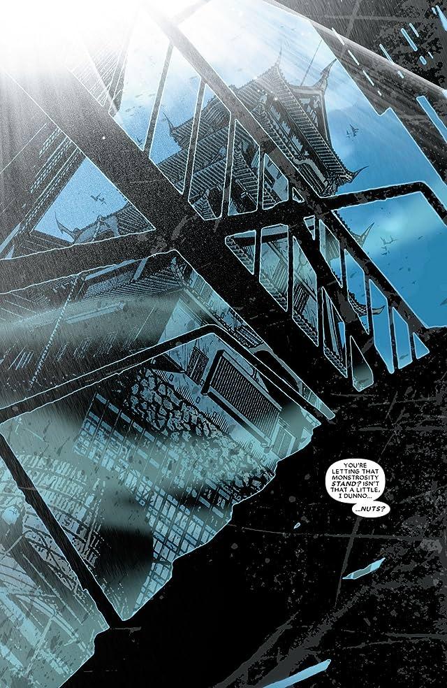 click for super-sized previews of Daredevil (1998-2011) #512