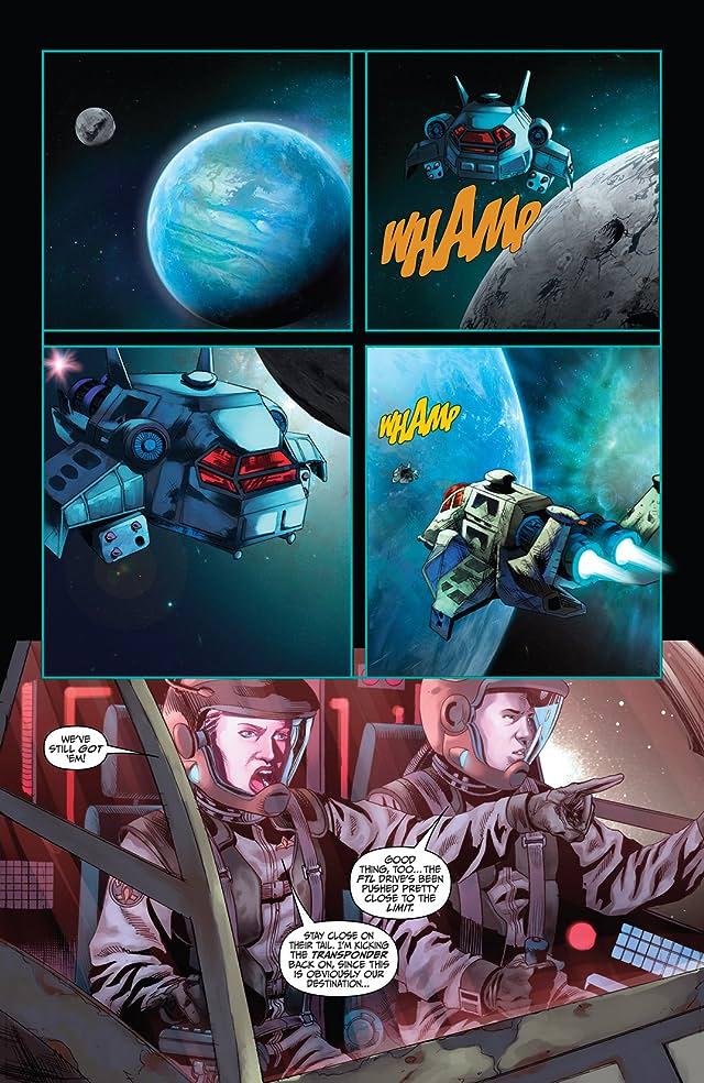 click for super-sized previews of Battlestar Galactica: Season Zero #4