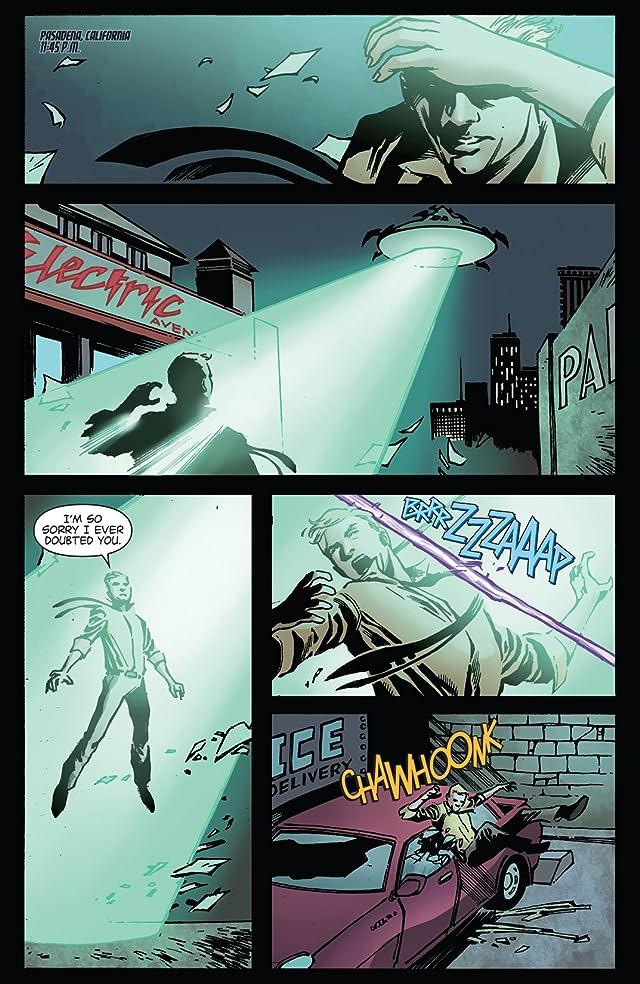 click for super-sized previews of Vampirella #28: Digital Exclusive Edition