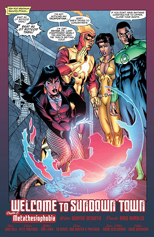 click for super-sized previews of Justice League of America (2006-2011) #33