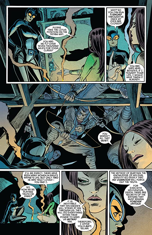 click for super-sized previews of Gotham City Sirens #2