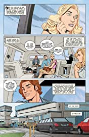 Girl Over Paris (The Cirque American Series): The Graphic Novel