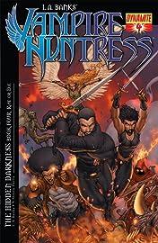 L.A. Banks' Vampire Huntress No.4: The Hidden Darkness