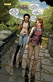 Tomb Raider Vol. 2: Secrets and Lies