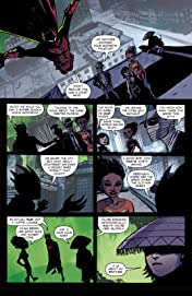 Michael Avon Oeming's The Victories #3