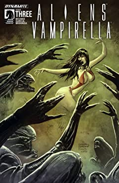 Aliens/Vampirella #3: Digital Exclusive Edition