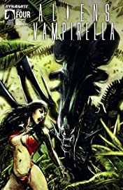 Aliens/Vampirella #4: Digital Exclusive Edition