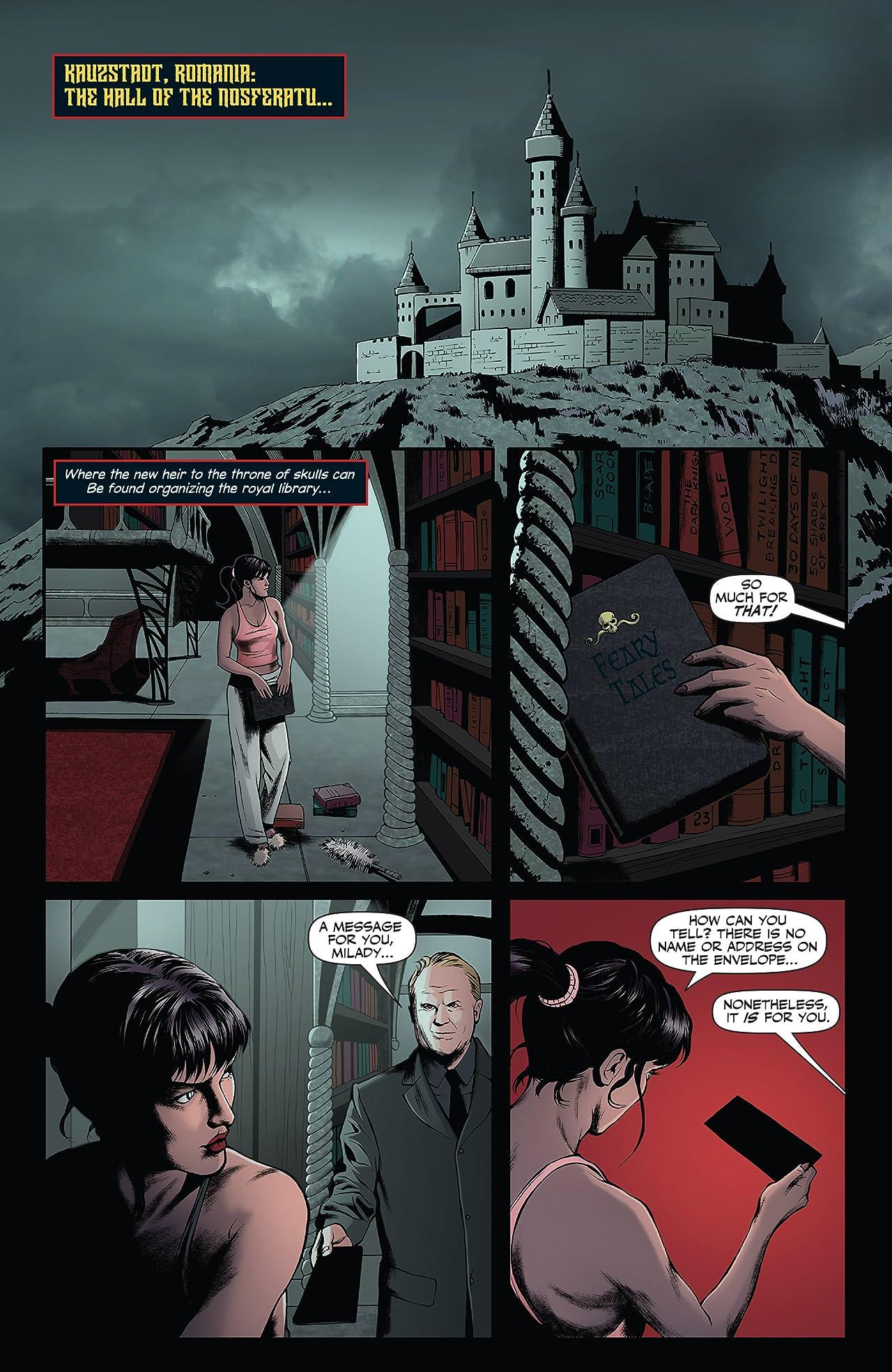 Vampirella (2014) Vol. 2: God Save The Queen