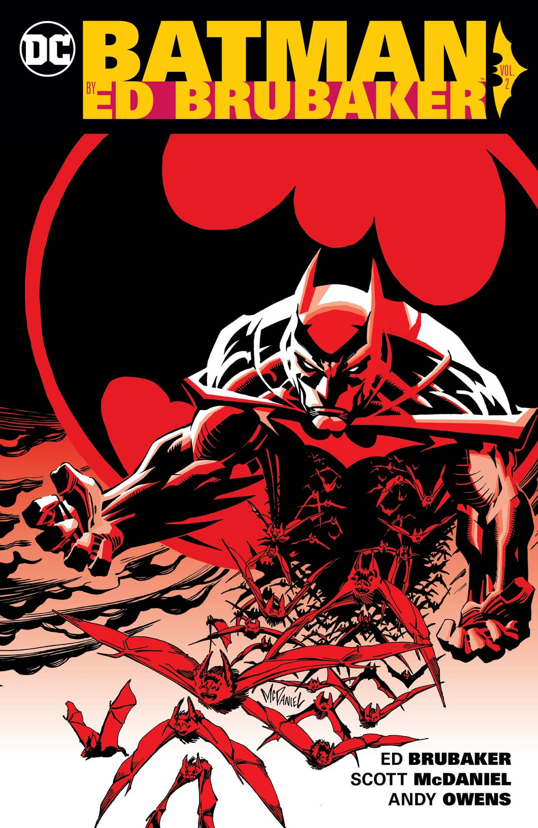 Batman By Ed Brubaker Vol. 2