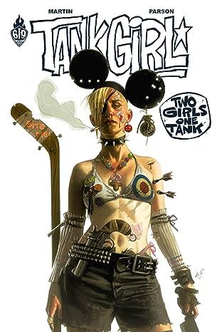 Tank Girl : 2 Girls 1 Tank