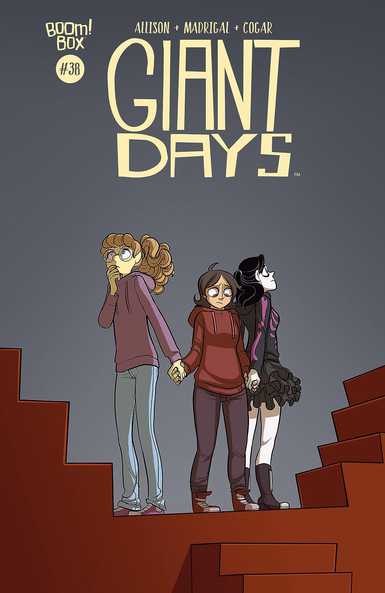 Giant Days #38