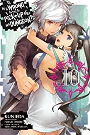 Is It Wrong to Try to Pick Up Girls in a Dungeon? Tome 10