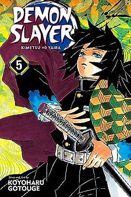 Demon Slayer:Kimetsu no Yaiba Vol. 5: To Hell