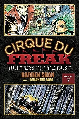 Cirque Du Freak: The Manga Vol. 7: Hunters of the Dusk