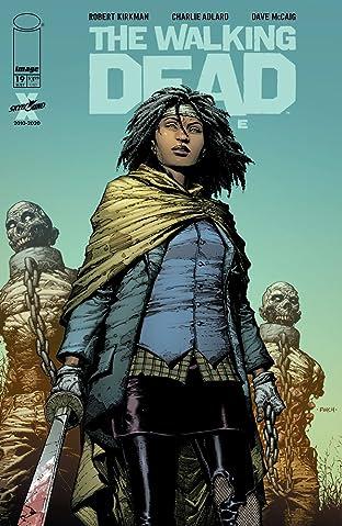 The Walking Dead Deluxe #19