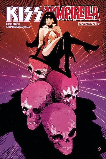 Kiss Vampirella #2 (of 5) Cvr A Doe