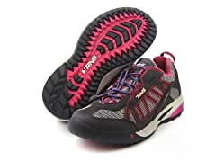 Charge WP Pink (Sizes Tod 10 - Youth 6)