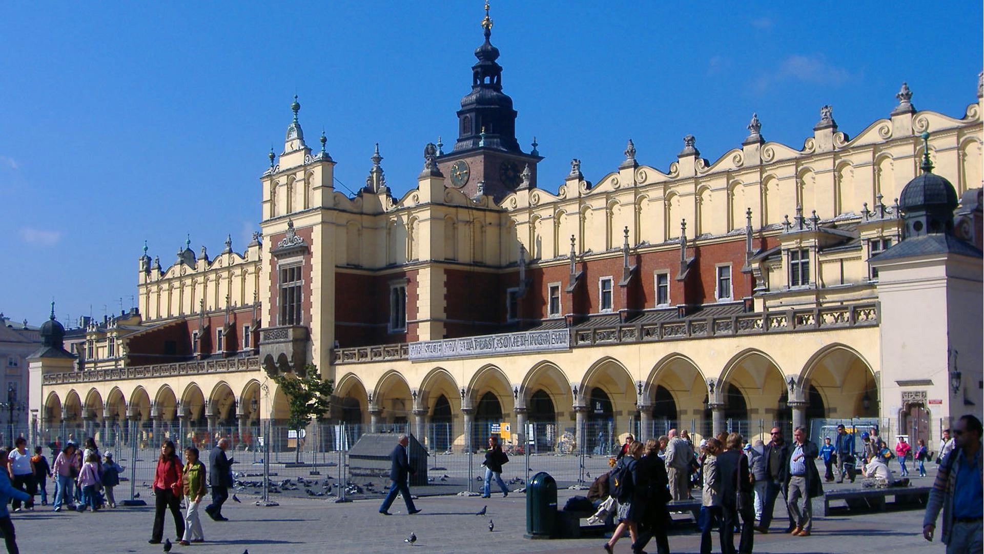 Footloose in Poland - Zakopane and Krakow on Amazon Prime Video UK