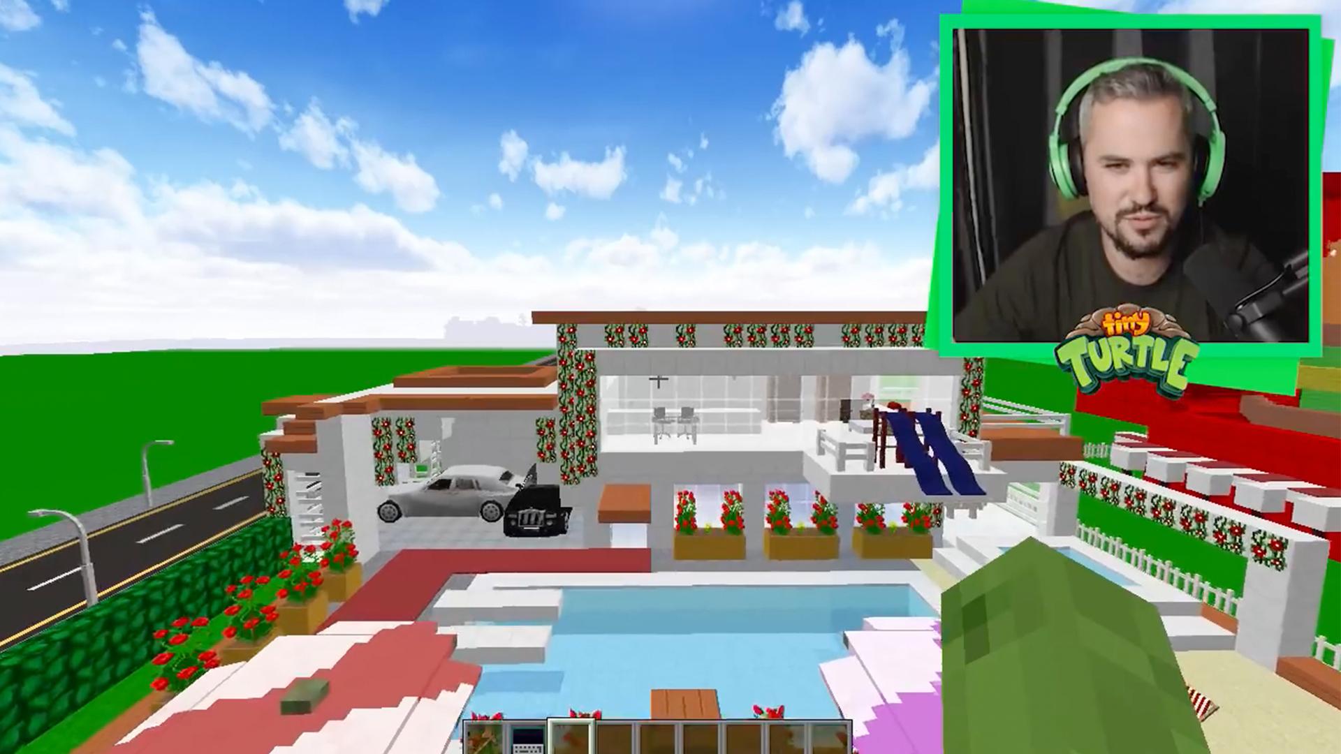 Watch Clip: Tiny Turtle - Noob House vs. Pro House Minecraft