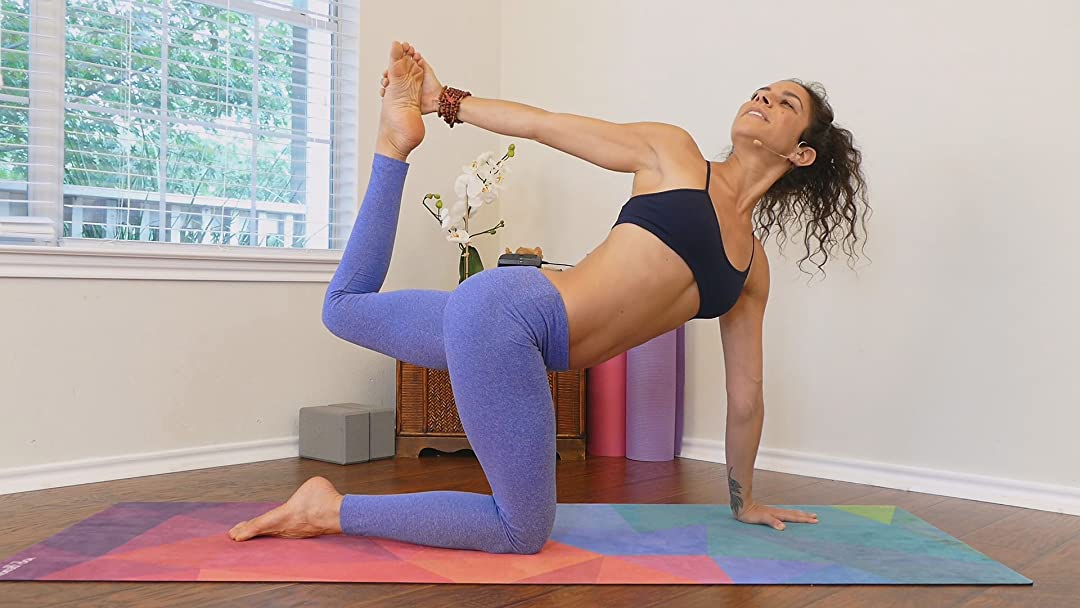 Amazon.com: Watch 30 Days of Yoga To A New You | Prime Video